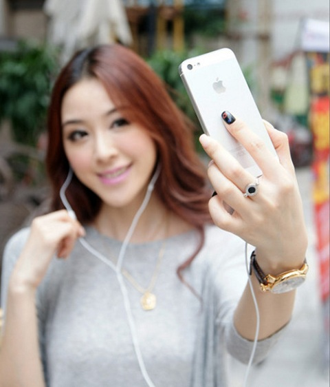 Liệu bạn đã biết hết những tính năng hữu ích của tai nghe iPhone?
