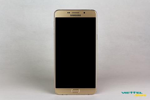 Samsung Galaxy A9 Pro (2016) sở hữu viên pin khủng nhất trong làng smartphone tên tuổi