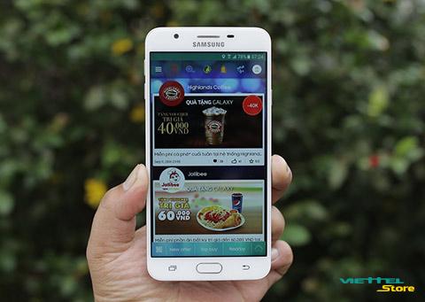 Trên tay chiếc Samsung Galaxy J7 Prime đang làm giới trẻ mê mệt