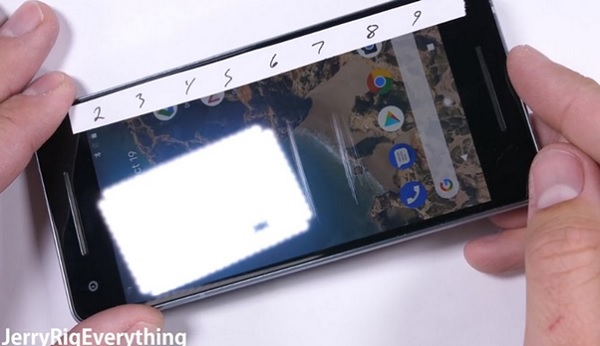 Thất vọng tràn trề sau màn tra tấn Google Pixel 2