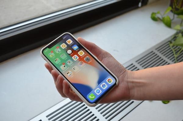 Thời điểm iPhone X chính hãng lên kệ sẽ là ngày 8/12
