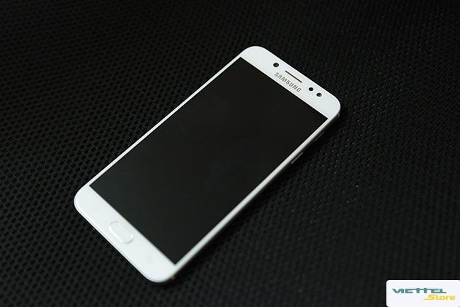Dòng Samsung Galaxy J7+ và câu chuyện về thiết kế kim loại nguyên khối