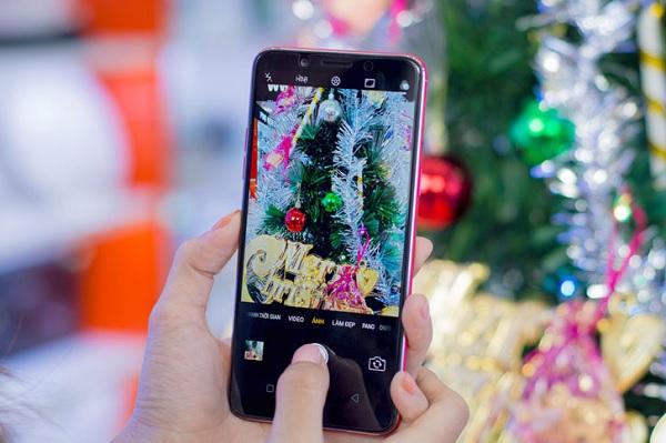 Điểm danh 3 smartphone của OPPO sở hữu màn hình full viền