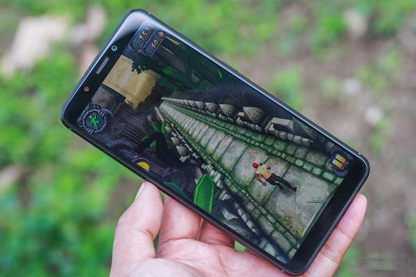 Đánh giá Wiko View XL: thiết kế đẹp, màn hình Full View, có chế độ ảnh xóa phông chất lượng