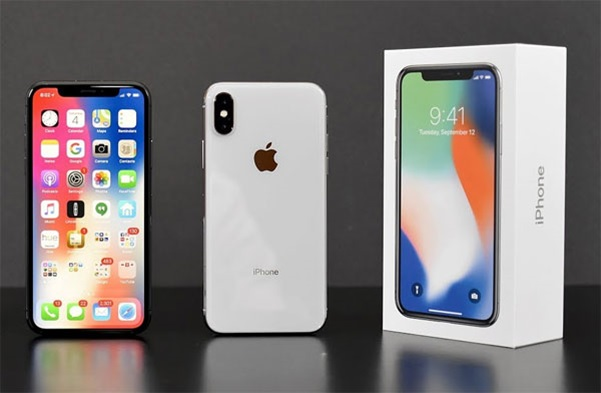 Mừng chiến thắng U23 Việt Nam - iPhone X giảm giá 2,3 triệu