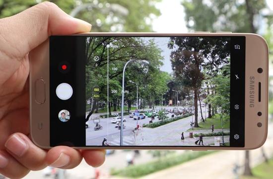 So sánh J7 Pro và iPhone 6: Quá khó để lựa chọn!