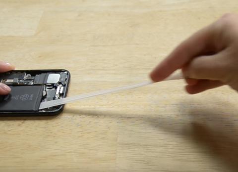 cách thay pin iPhone 7 tại nhà  8