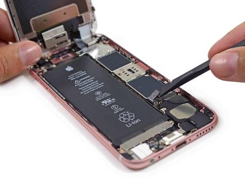 Bộ nhớ NAND Controller được cố định trực tiếp lên mainbroad của iPhone 6s/6s Plus