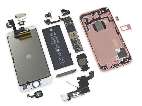 """iPhone 6s và iPhone 6s Plus được """"mổ xẻ"""" ngay từ khi Apple mở bán"""