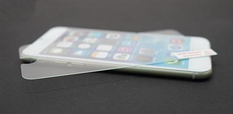 Lưu ý đặc biệt khi dán tấm cường lực cho iPhone không nên bỏ qua