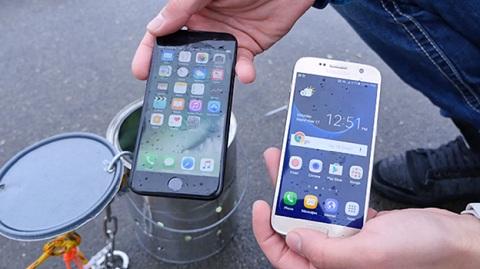 Nhiều thí nghiệm cho thấy iPhone 7 sống tốt hơn trong môi trường nước