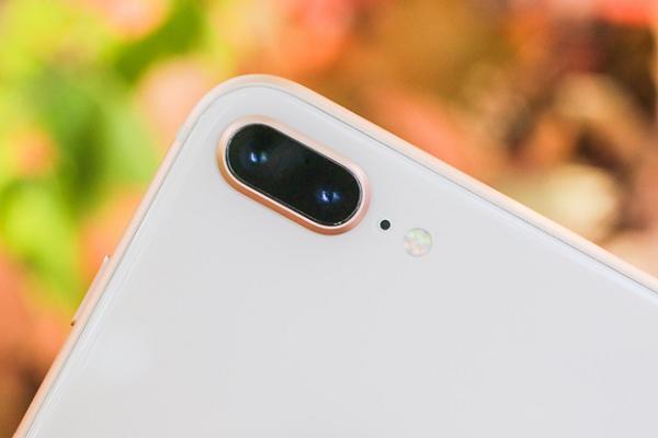 Đánh giá iPhone 8 Plus: Khác biệt với iPhone 7 Plus nằm sâu bên trong