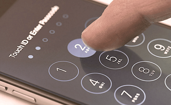 Thiết lập mật khẩu khó đoán nâng cao bảo mật cho iPhone