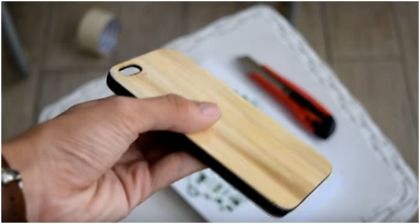 [5 phút mỗi ngày] Tự chế ốp lưng điện thoại bằng tre đơn giản