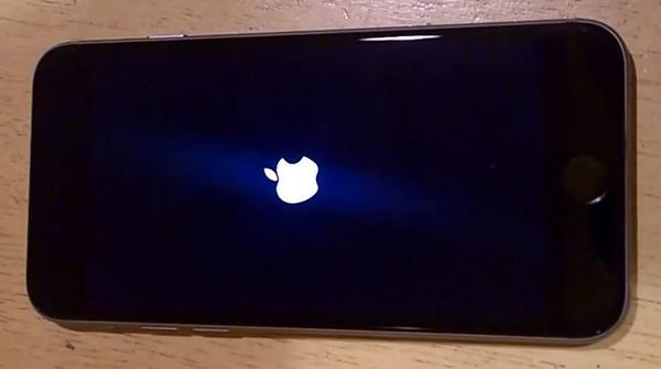Lỗi tự reset trên iPhone 6/6s đã được Apple khắc phục