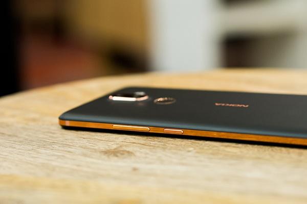 Đánh giá thiết kế Nokia 7 Plus: Ấn tượng và xuất sắc
