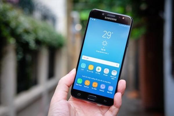 Trải nghiệm màn hình Galaxy J7+: sắc nét, hiển thị rõ ngoài trời, vượt trội so với tầm giá