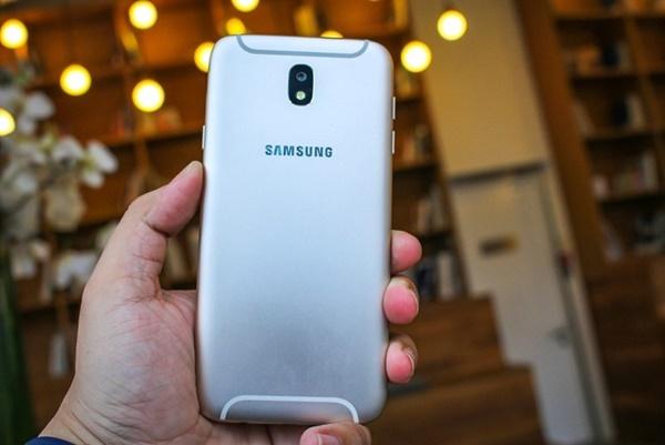 Pin Galaxy J7 Pro – thoải mái sử dụng không cần lo nghĩ
