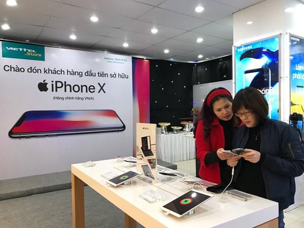 Quà tặng hấp dẫn khi chọn mua iPhone X tại Viettel Store