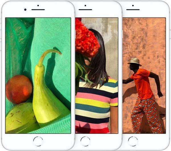 Nhìn ở mặt trước, iPhone 8 Plus có viền màn hình khá dày và có nút home cảm ứng tích hợp vân tay giống với thế hệ tiền nhiệm