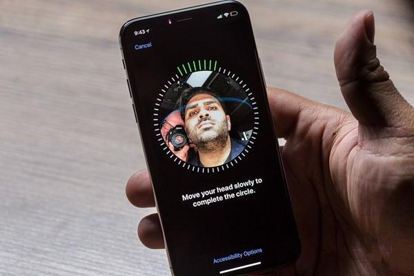 Đánh giá iPhone X từ Steven Lely – người đánh giá iPhone 2G đầu tiên trên thế giới