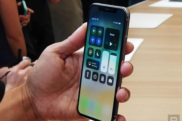 iPhone X sẽ lên kệ vào ngày 3/11 tại Mỹ