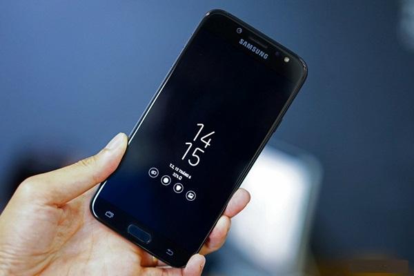 """Galaxy J7 Pro cải tiến gì so với """"người tiền nhiệm"""" Galaxy J7 Prime?"""