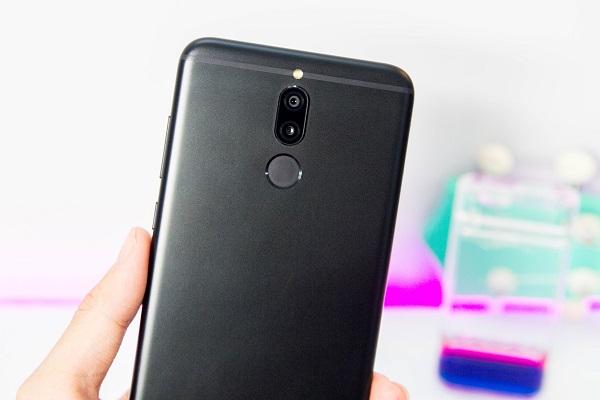 Trên tay Huawei Nova 2i: Xứng danh smartphone tầm trung toàn năng nhất 2017