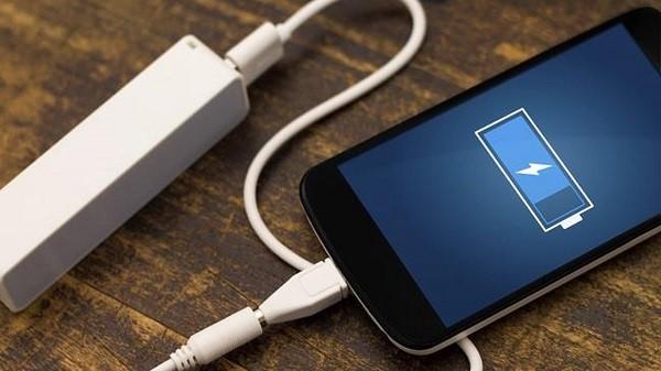 Hướng dẫn cách sạc pin điện thoại Android nhanh và hiệu quả
