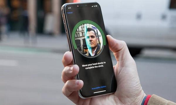 Là smartphone đắt đỏ nhất thế giới, iPhone X có tốt không?