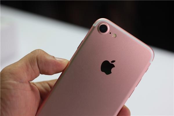 Giải thích lý do vì sao nên dùng ốp lưng cho iPhone?
