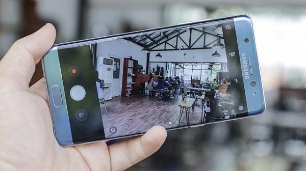 Khám phá cách chụp xóa phông trên Galaxy Note FE