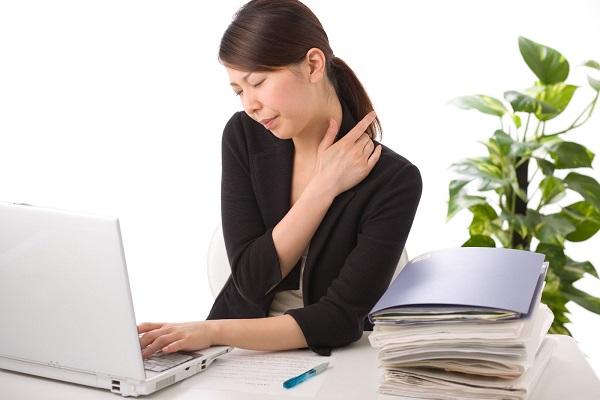 Gợi ý những cách giảm mỏi mắt khi ngồi máy tính thường xuyên