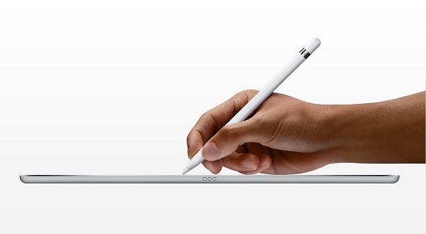 Pencil cung cấp thời lượng pin sử dụng kéo dài khoảng 12 giờ