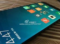 100% Xiaomi Mi Note 2 sẽ sở hữu màn hình cong tràn viền