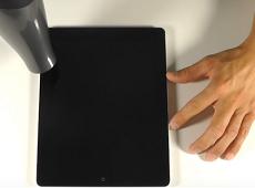 Chỉ cần 30 phút là có thể tự thay màn hình iPad 4 bị vỡ