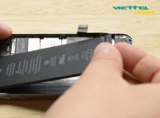 Làm sao để thay pin iPhone SE được an toàn nhất?