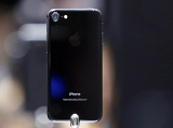 Tại sao iPhone 7 Jet Black HOT đến thế?