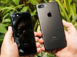 Nếu mua iPhone 7/7 Plus hãy chọn màu Matte Black thay vì màu Jet Black
